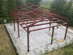 A.Z. Prefabbricati - Abitazione con struttura in acciaio
